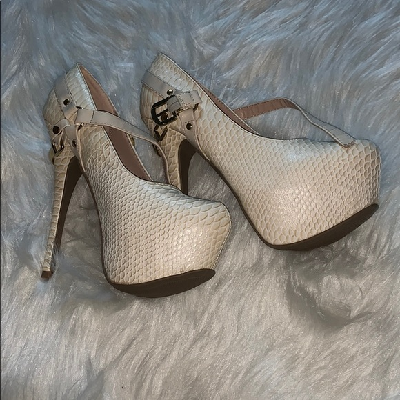 Shoe Dazzle Shoes - Heels
